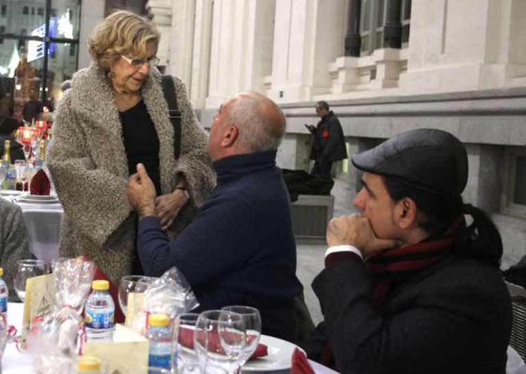 A prefeita de Madri, Manuela Carmena, durante o jantar.