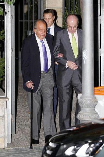 Dom Juan Carlos com seu conselheiro, Rafael Spottorno.
