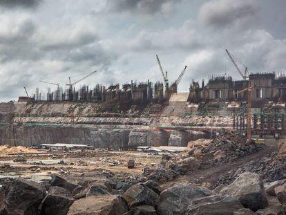 A barragem de Belo Monte, no rio Xingu, será é a terceira do mundo em geração de energia elétrica quando entrar em operação.