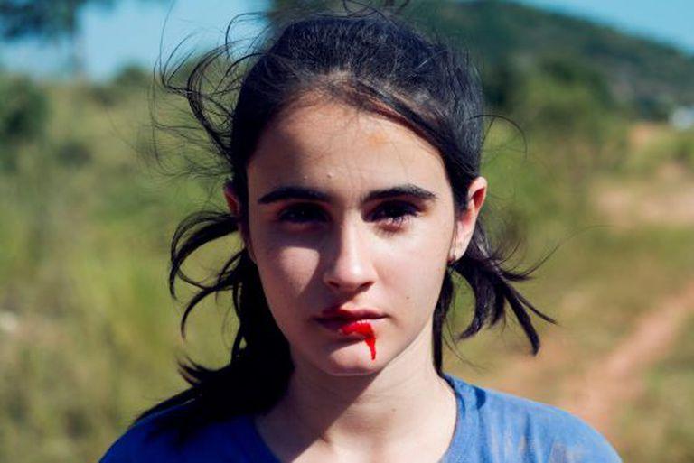 Bia (Valentina Herszage), 15 anos, protagoniza o filme.