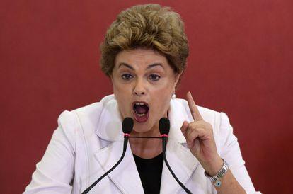 Dilma aborda a crise de seu Governo em evento do programa 'Minha Casa Minha Vida', em Brasília, nesta quarta, 30 de março.