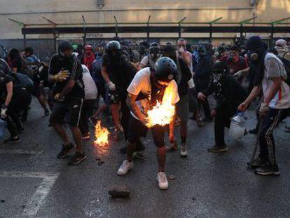 Os estudantes se rebelam há mais de uma década contra o sistema educativo implantado na ditadura. Desta vez, conseguiram o apoio de grande parte da sociedade chilena.