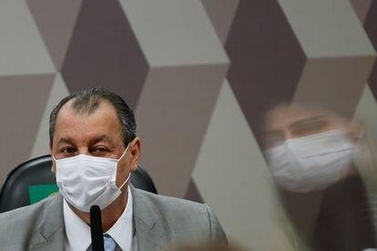 Aziz durante sessão da CPI, em 8 de julho.