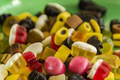 A energia acumulada nos doces é muito atraente para o cérebro.