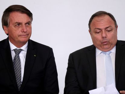 O presidente Jair Bolsonaro e o ministro da Saúde Eduardo Pazuello participam do lançamento de programa para profissionais da saúde nesta semana