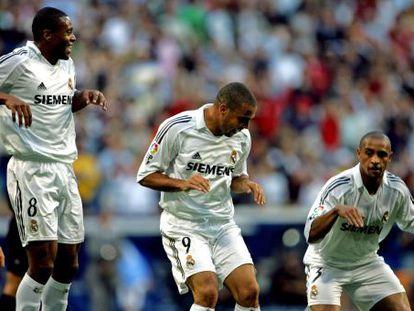 Julio Baptista, Ronaldo e Roberto Carlos, em 2005.