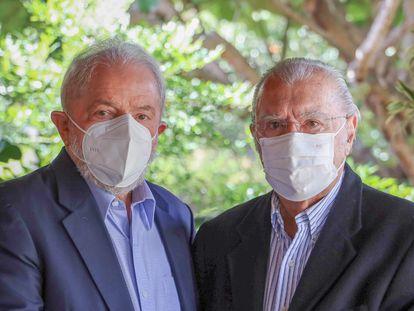 Os ex-presidentes Luiz Inácio Lula da Silva e José Sarney, em encontro em Brasília na última semana.