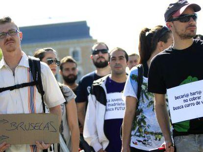 """Protesto sob o lema """"juventude busca um futuro"""", em 2013, em Madri."""