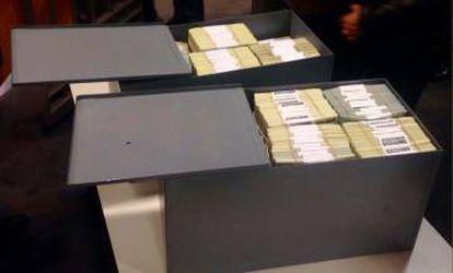 Os cofres de Florença Kirchner abertos pela Justiça.