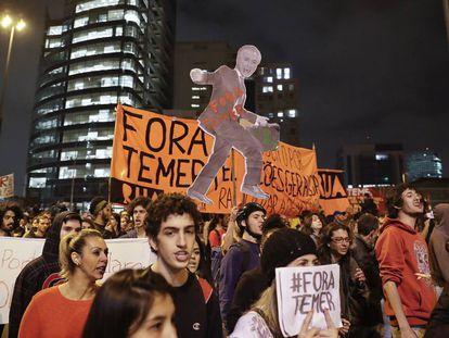 Manifestação pelo 'fora Temer' nesta quinta em São Paulo.