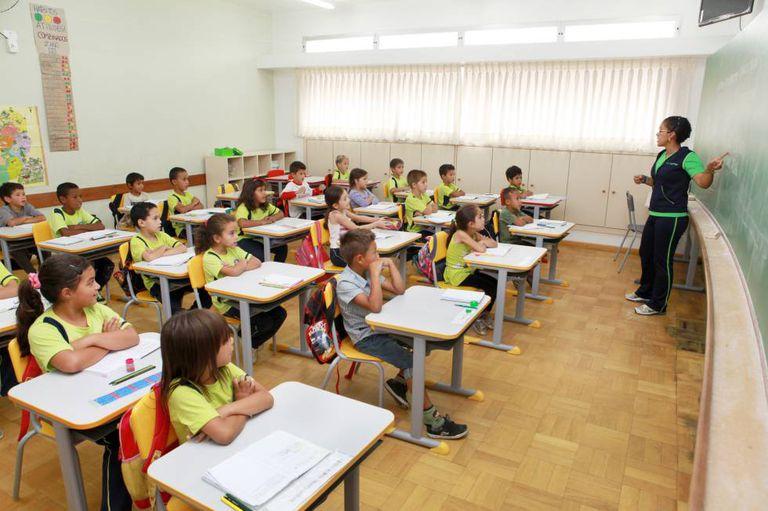Alunos de uma escola municipal de Curitiba.