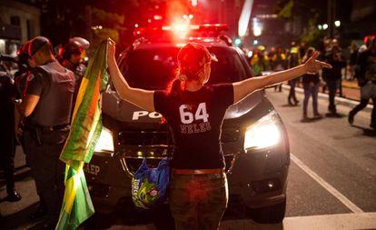 Celebração da vitória de Bolsonaro, na Avenida Paulista, São Paulo, em 28 de novembro.