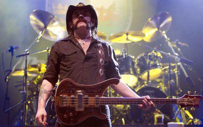 Lemmy Kilmister, em show do Motörhead em 2010.
