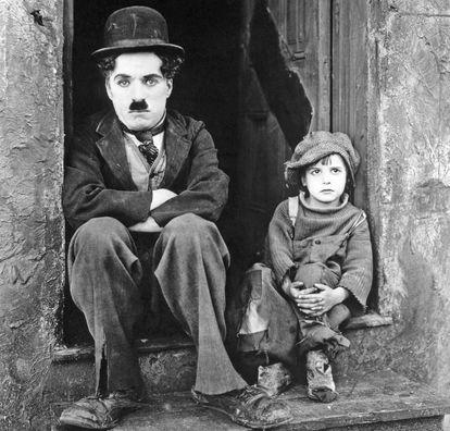 Charles Chaplin e Jackie Coogan estão entre a minoria de atores que aparecem em mais de 100 filmes.