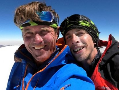 Os alpinistas Marek Holecek (à esquerda) e Radoslav Groh, no Huandoy, no Peru.