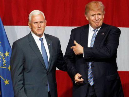O governador de Indiana, Mike Pence, com Donald Trump, na última terça-feira.