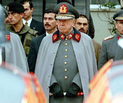 O ditador chileno Augusto Pinochet em 1997, um ano antes de sua prisão em Londres.