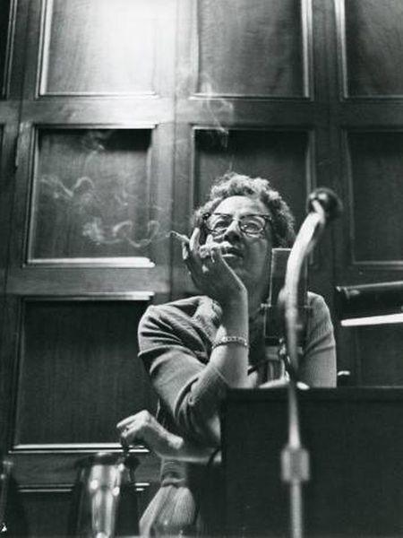 Hannah Arendt, na Universidade de Chicago em 1966.