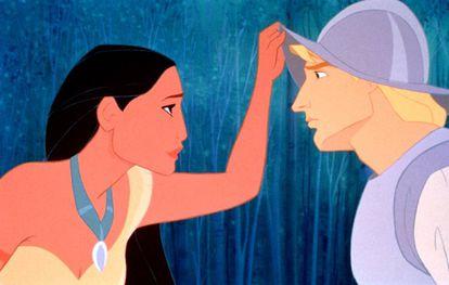O filme 'Pocahontas', da Disney, conta a história de amor entre uma nativa norte-americana, Pocahontas, e um capitão inglês, John Smith.