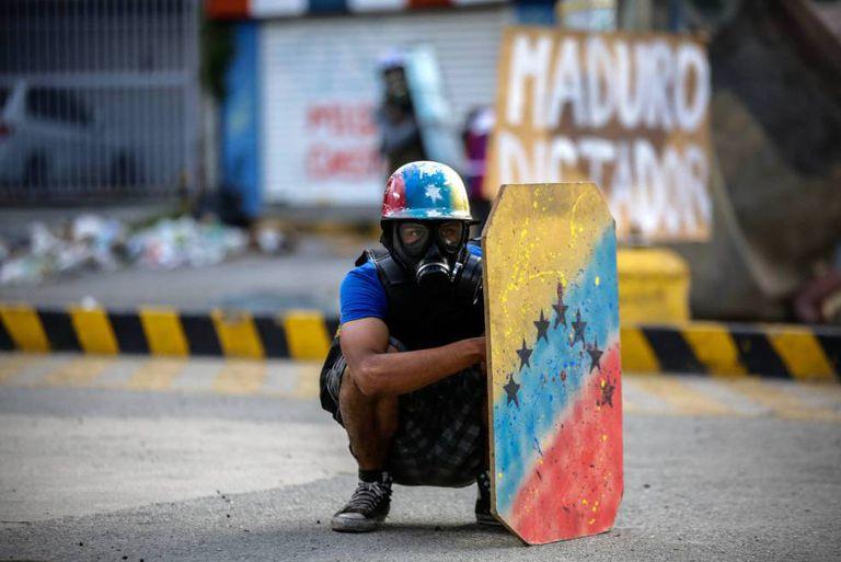 Um manifestante da oposição.