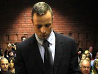 O esportista sul-africano, acusado de assassinar a a sua namorada a tiros, pode pegar prisão perpétua