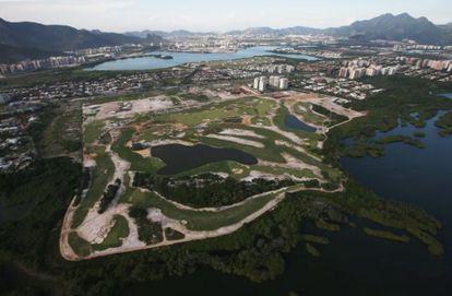 Imagens aérea do campo de golfe na Barra de Tijuca.