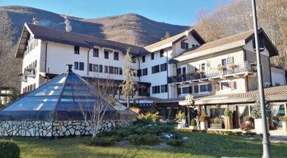 Imagem geral do hotel.