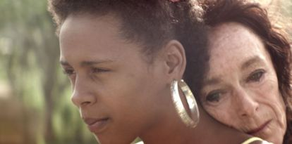 Yanet Mojica e Geraldine Chaplin no filme dominicano 'Dólares de areia'.