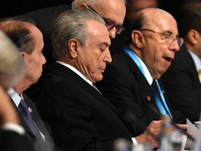 Temer, o chanceler Nunes (à esq.) e Henrique Meirelles na cúpula do Mercosul, na Argentina.