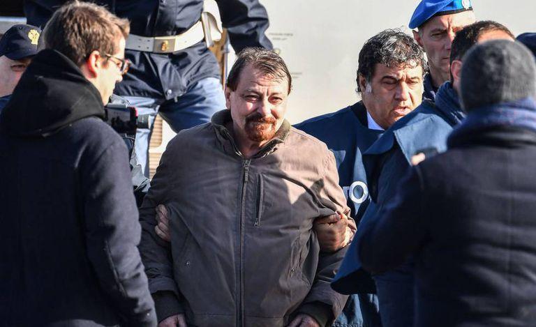 Cessar Battisti, no aeroporto de Ciampino, em janeiro.