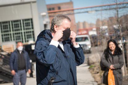 O prefeito de Nova York, Bill de Blasio, nesta segunda-feira no Estaleiro Naval do Brooklyn.