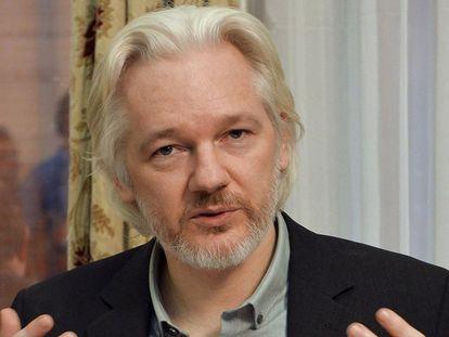 Assange, na embaixada equatoriana em Londres em 2014.