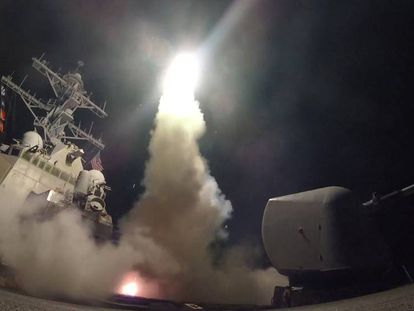 O mundo reage ao primeiro ataque militar de Donald Trump