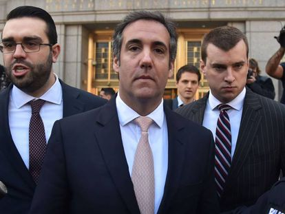 Michael Cohen na porta do Tribunal Federal de Nova York.