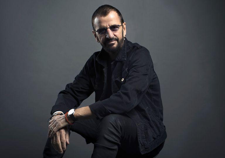 Ringo Starr posa em Nova York, em 2016.