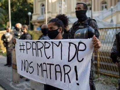 EL PAÍS debate violência policial e racismo com a 'Ponte Jornalismo'. Veja vídeo