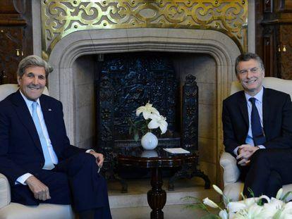 O presidente Mauricio Macri recebeu na Casa Rosada o secretário de Estado, John Kerry.