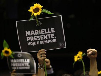 Homenagem à vereadora do PSOL Marielle Franco durante ato na Câmara dos Deputados em Brasília, nesta quinta-feira, 15 de março.
