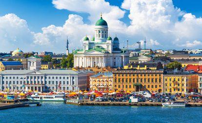 Vista do porto de Helsinque