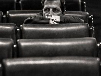 Suárez, sozinho, no Congresso dos Deputados, em fevereiro de 1986.