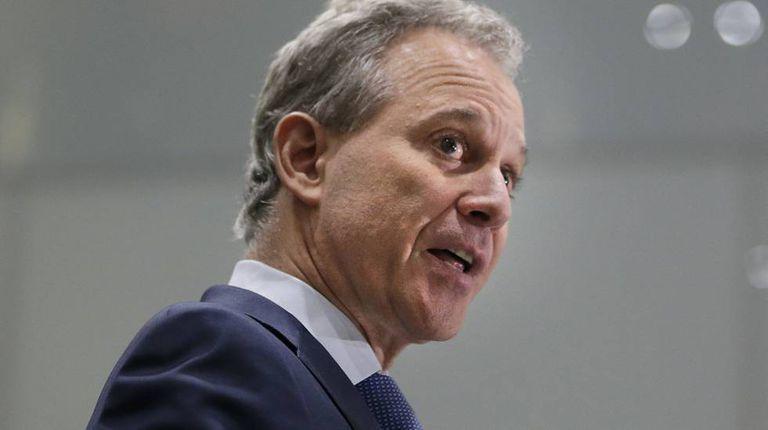 O promotor geral de Nova York, Eric Schneiderman, em setembro