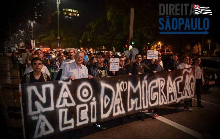 Protesto contra a Lei de Migração, que aguarda sanção presidencial