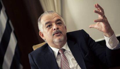 O vice-governador Márcio França em seu gabinete.
