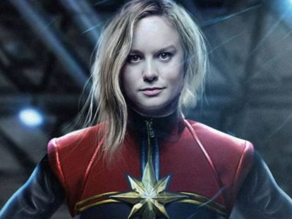Imagem de divulgação de Brie Larson como Capitã Marvel