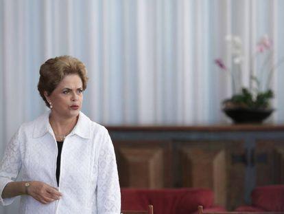 A presidenta afastada Dilma Rousseff, em entrevista com veículos estrangeiros no Palácio do Alvorada, nesta sexta-feira.