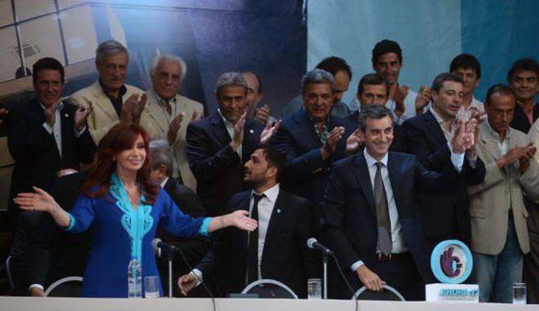 Cristina Kirchner na inauguração de um novo edifício municipal.