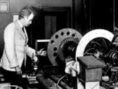 Completam-se 90 anos desde que John Logie Baird conseguiu fazer com que uma imagem de movesse dentro de uma tela