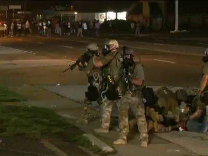 Os protestos no Missouri acabam com tiros depois do envio da Guarda Nacional