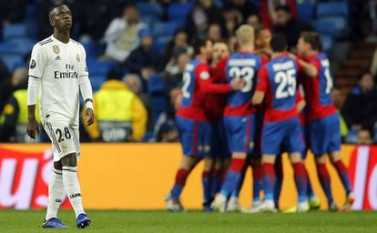 Vinicius Junior foi titular, mas não conseguiu evitar a derrota do Real Madrid.