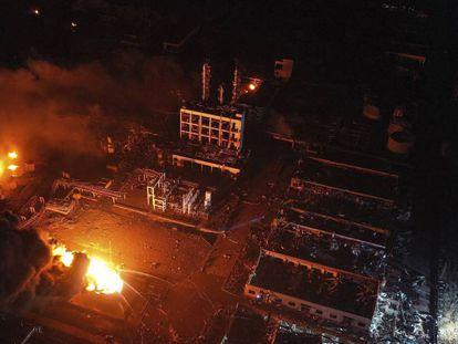Imagem aérea da fábrica de produtos químicos, na província de Jiangsu.